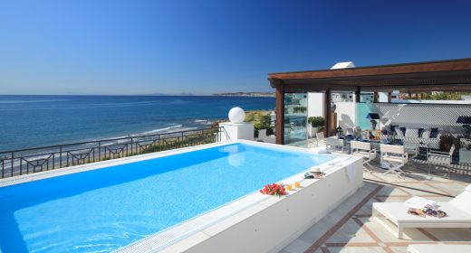Plunge-pool-Luxury-front-line-beach-apartments-new-golden-mile-for-sale-marbella