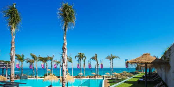 Palms-pool-Mijas-costa-Costa-del-Sol-Luxury-apartments-Marbella-for-sale