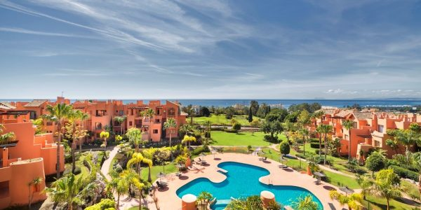 Pool-view-Sotoserena-New-Golden-Mile-Marbella-luxury-apartments-for-sale
