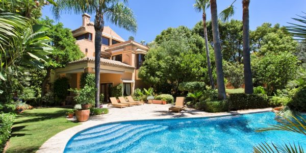 villa-for-sale-golden-mile-marbella-costa-del-sol-villa-til-salgs-solkysten