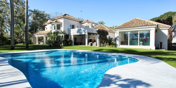 Guadalmina-villa-for-sale-new-golden-mile-villa-til-salgs-marbella