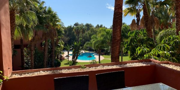 alicate-playa-beach-front-apartment-for-sale-marbella-luxury-costa-del-sol-bargain-beachside-leilighet-til-salgs-marbella-strand