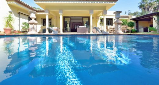 Villa-for-sale-benamara-paraiso-refurbished-Costa-del-sol-beach-side-villa-til-salgs-strand-costa-del-sol-marbella