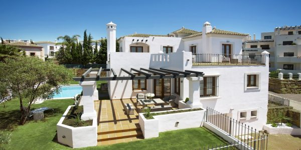 villa-for-sale-new-golden-mile-new-golf-marbella-bargain