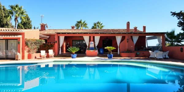 villa-marbella-golden-mile-costa-del-sol-solkysten-hus-golf-sea-til-salg-for-sale- golden-mile-marbella-villa-cost-del-sol-solkysten
