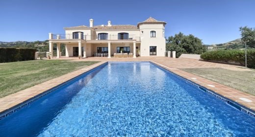marbella-benahavis-for sale-villa-mansion-stylish-quality-costa-del-sol-sea-view-big-solkyten-plot-hav-utsikt