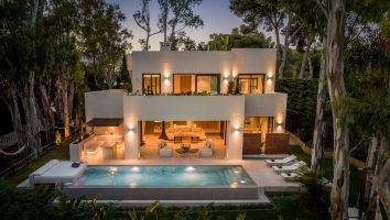 villa-luxury-costa-de-sol-marbella-east-for-sale-en-venta-new-esteclos-to-golf-sea