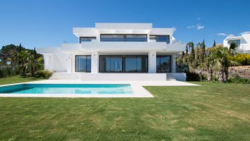 villa-los-flamingos-estepona-costa-del-sol-en-venta-for-sale-luxury-modern-sea-views-golf-close-to-vista-mar-new-building-amazing