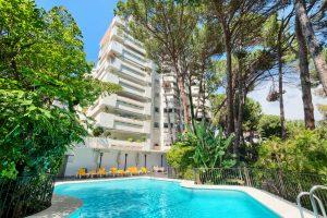 for-sale-costa-del-sol-marbella-beach-side-luxury-apartment-apartamento-de-lujo-lado-playa