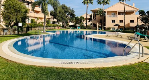 jardines-de-santa-maria-for-sale-elviria-bargain-apartment-for-sale-costa-del-sol-marbella-luxury-development-golf-santa-maria-golf-beach-center-reduced-in-price-solkysten-leilighet-i-spania-leilighet-til-salgs-i-Elviria