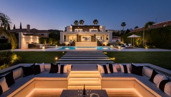 villa-for-sale-nueva-andalucia-marbella-luxury-living-golf-views-front-line-golf-modern-villa-for-sale-costa-del-sol-solkysten-hus-til-salgs